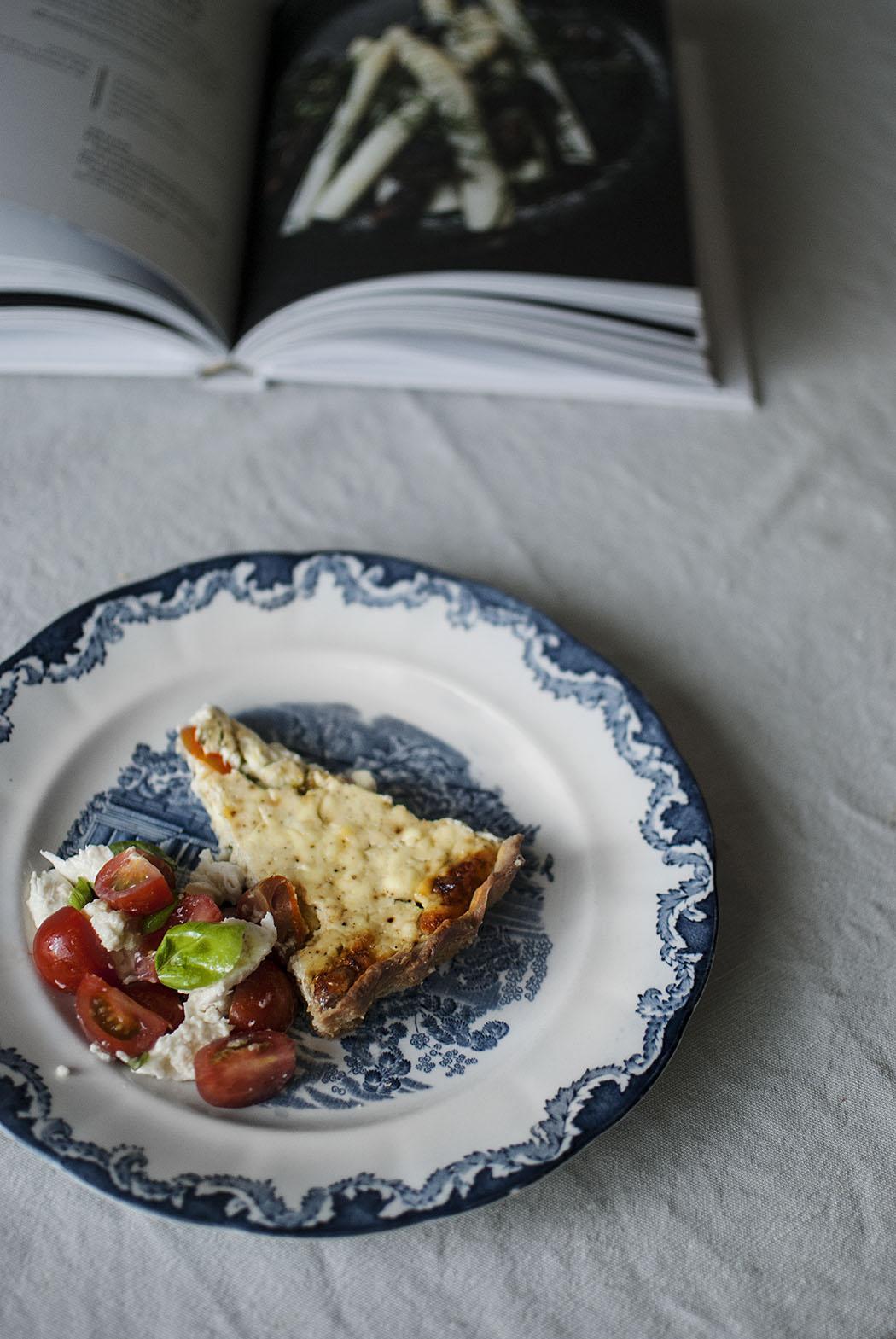 Recept: vegetarisk paj med fetaost och tomater