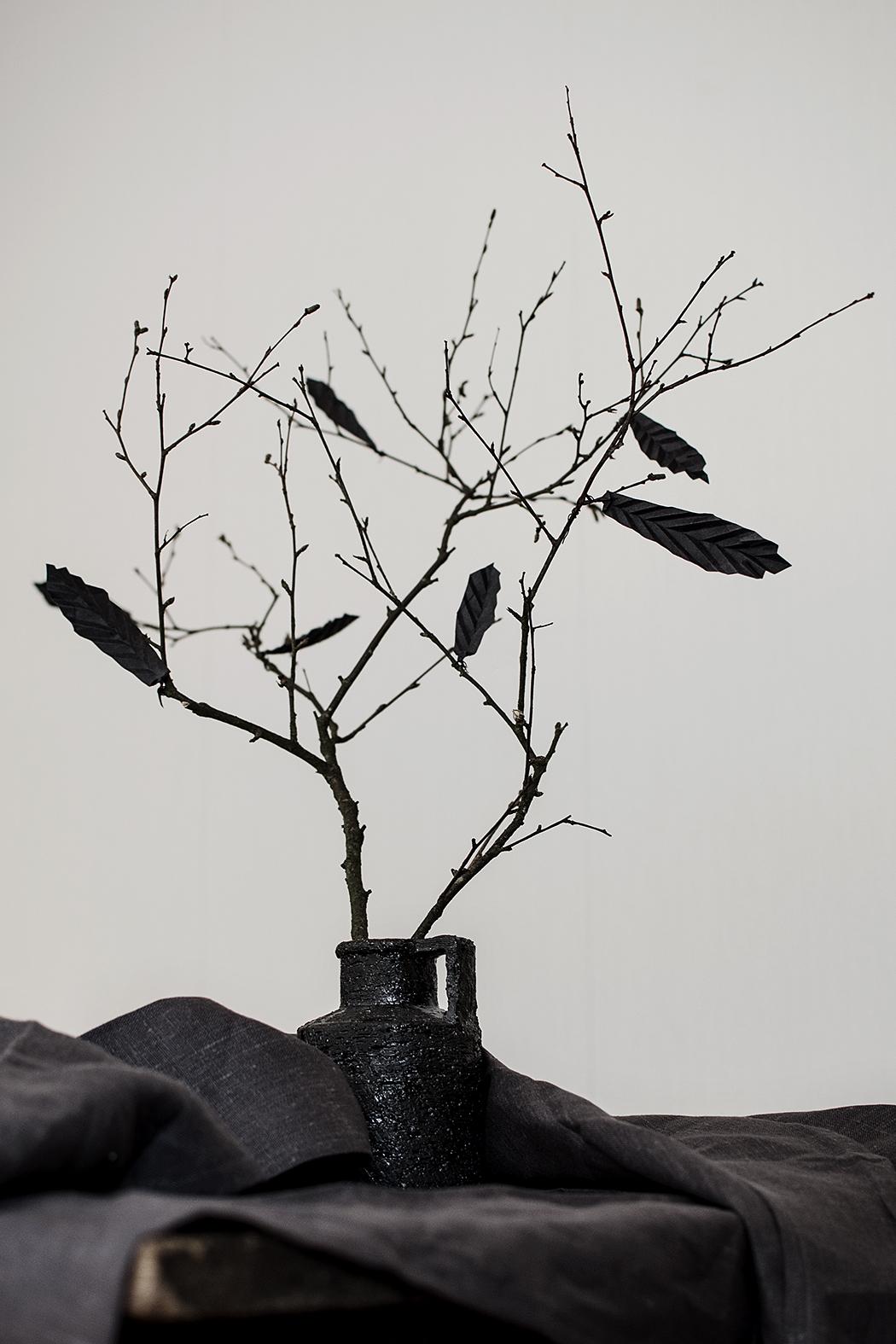 DIY: pappersfjädrar till påskriset