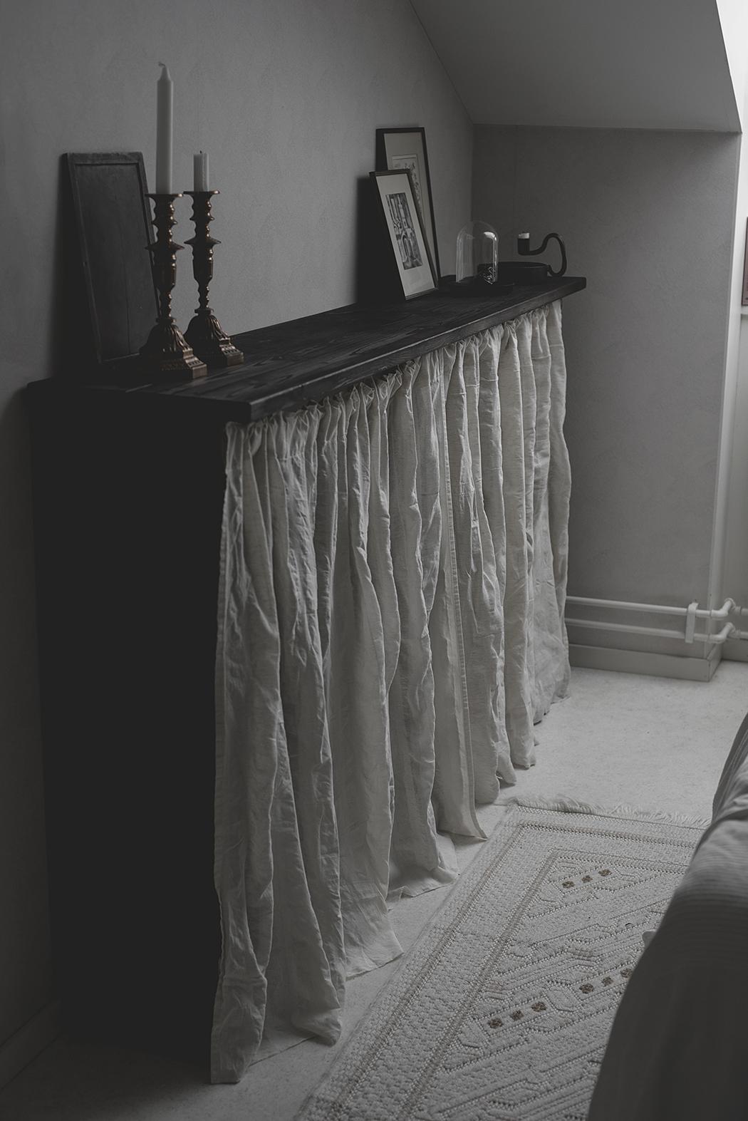 hylla i sovrum