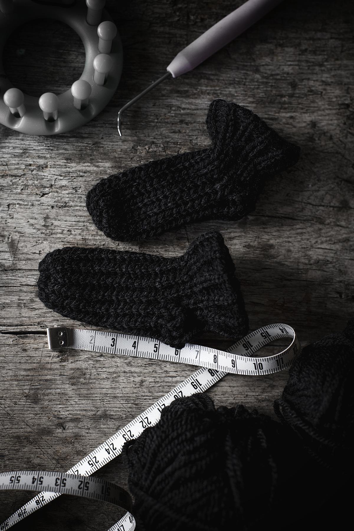 loom knitting: babystrumpor